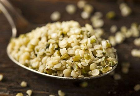 Tra i prodotti selezionati da Eden della Frutta i semi di canapa
