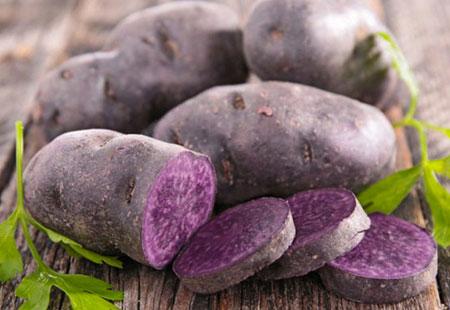 Acquistate le patate viola da Eden della Frutta